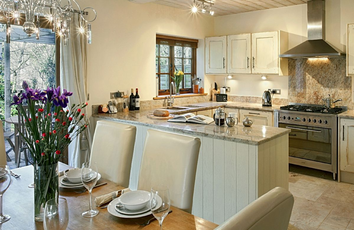 Riverside Cottage is located in Old Water Mill