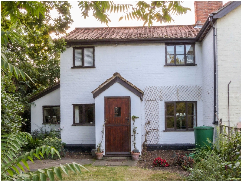 Click here for more about Little Swattesfield Cottage